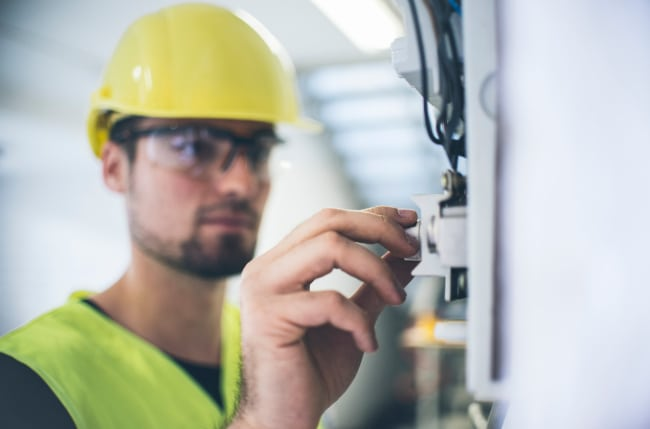 Red Wire, Blue Wire – Understanding the Ins and Outs of Electrical Panel Installation